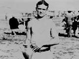 1904年第二届圣路易斯奥运会 飞人哈恩领奖