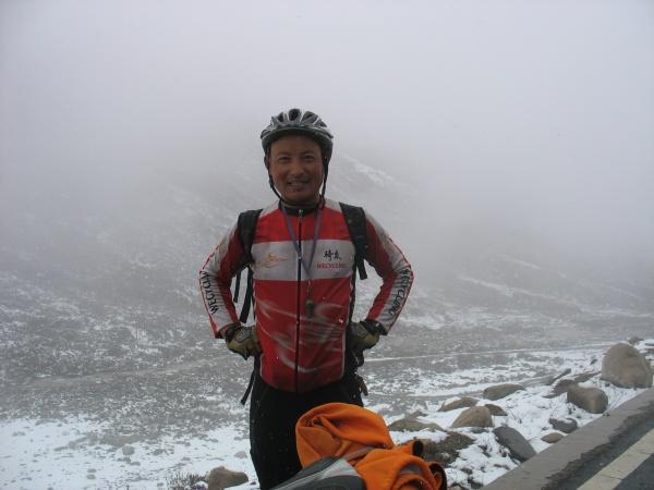 独自骑行10万公里为奥运喝彩