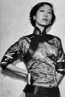 郭志怡佩戴Haute Couture项链