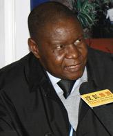 津巴布韦旅游局高级官员