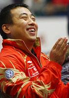 刘国梁听相声大笑