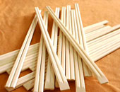 绿色PK台 您还会使用一次性筷子吗