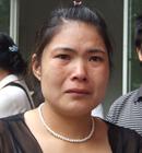 湖南长沙高考首日母亲送考后忍不住流泪