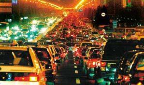 长安街夜晚大堵车