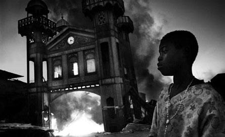 一等奖:海地老钢铁市场火灾