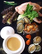 老鸡松茸煲海参鲜鲍