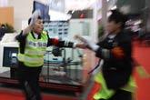2011上海车展惊现安保打架