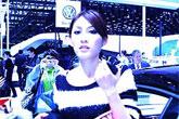 上海车展90后女奢侈买豪华车