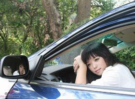 F3美女车主户外拍