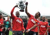 曼联赢下第19座英格兰顶级联赛冠军