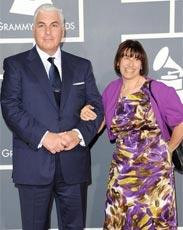 艾米怀恩豪斯父母亮相红毯