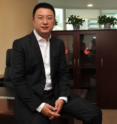 """黄伟:爱张罗的""""办公室主任"""""""