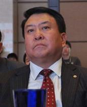 北汽集团董事长徐和谊