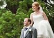 英国新婚夫妇洪水中拍摄结婚照