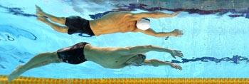 奥运游泳比赛水下镜头 中国运动员似仙子