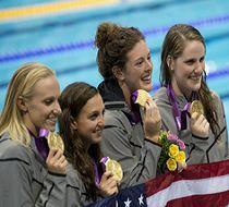 美国打破女子4*100米混合泳接力世界纪录