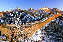 登长城游十三陵逛鸟巢北京经典一日游