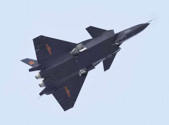 中国歼-31隐性战斗机。