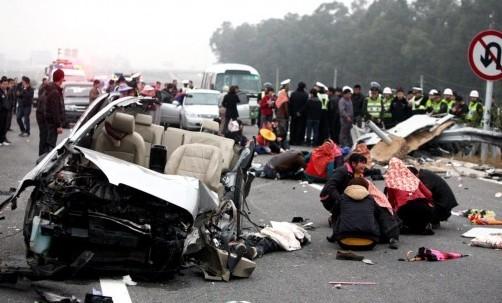 青岛1天至少发生4起交通事故 省道死亡最多