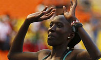 女子马拉松赛肯尼亚名将卫冕