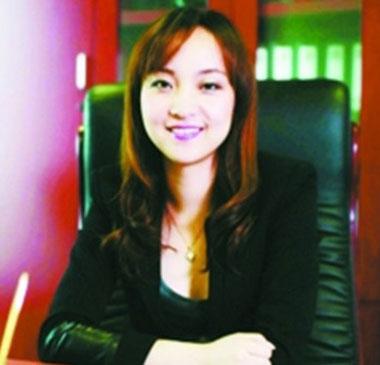 上海最大的保险中介泛鑫保险总经理陈怡