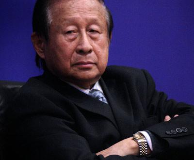 2010年4月18日,高尚全在京参加首届中国行政改革论坛。来源:新华网