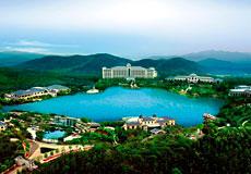 清远恒大酒店:梦幻山景圣诞节