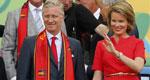 比利时国王王后观战助威<
