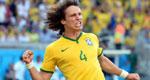 带刀后卫路易斯拯救巴西