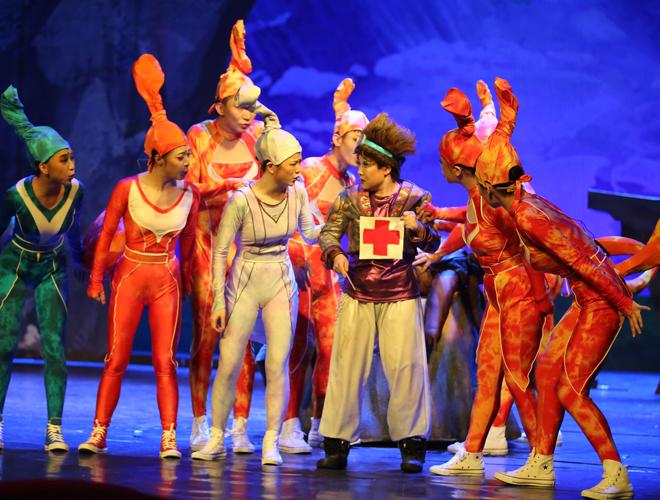 中国木偶剧院演出