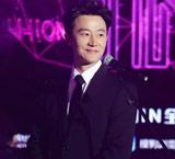 黄轩出席搜狗甄选礼 透露去年十个月在拍戏