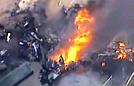 墨尔本一飞机撞商场坠毁