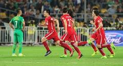 国安2-1险胜申花 伊尔马兹破门霸气庆祝