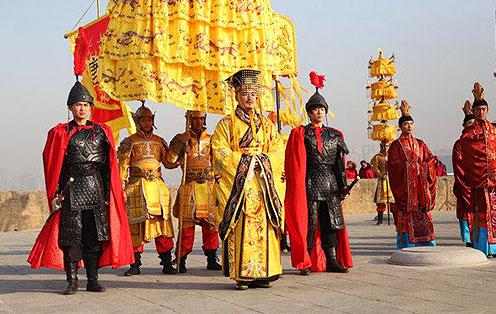 预言清朝皇位承袭的石壁