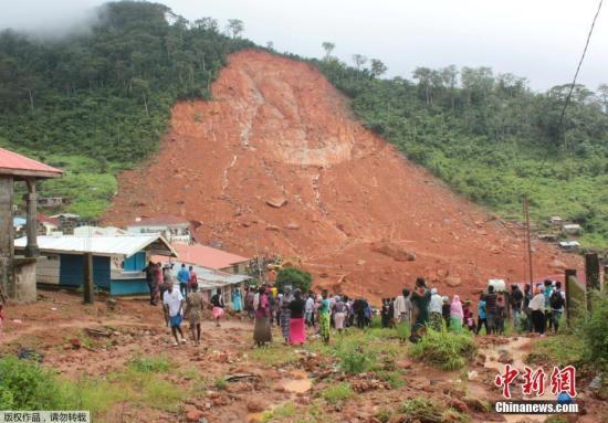 塞拉利昂泥石流致300余人遇难 灾情扩大救援持续