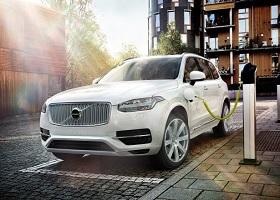 【汽车头条APP】新能源面临2025大考,豪华品牌能否按时交卷?