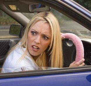 """女司机真是""""马路杀手""""?中年妈妈""""压力山大""""才是罪魁祸首!"""