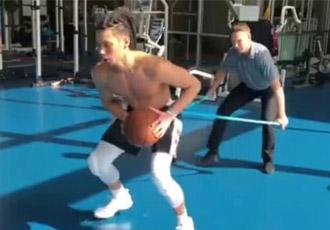 重返赛场指日可待 林书豪健身房刻苦训练