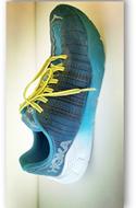 跑鞋 596